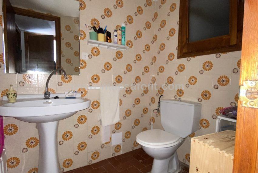 13.- WC